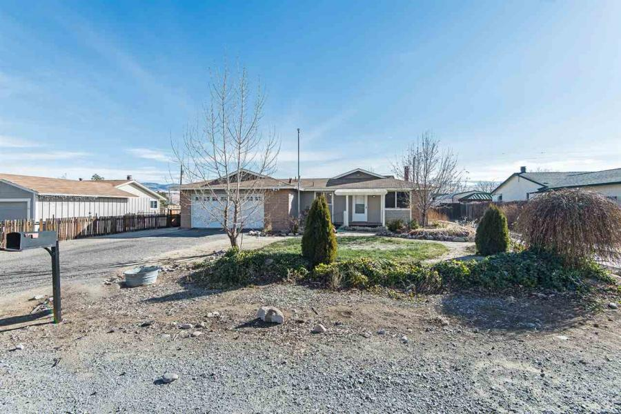 20  Desert Springs Cir Sparks, NV 89436