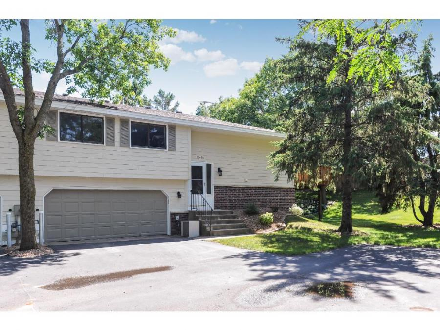 10450 Decatur Avenue S Bloomington, MN 55438